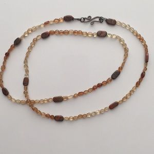 Jewelry - Genuine stone necklace